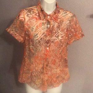 🌺3for $18🌺Cute Tribal Women's Size 6 SS Shirt